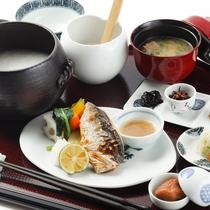 【食事/朝食】お粥膳(料理一例)