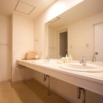 【部屋設備】全室バス・トイレ付き※イメージ