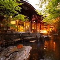 ◇【庭園露天風呂】夕景