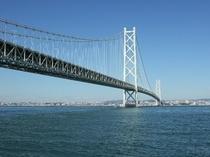 世界最大の明石大橋を渡ってペンションまで車で30分