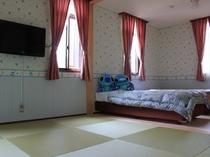 和洋室(キャラクターのお部屋)