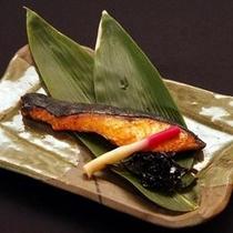 ご夕食一例(焼き鮭)