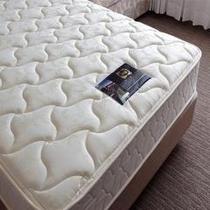 全室シーリー社製ベッド完備/「世界基準の眠り」をご体験下さい