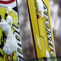 スキー板2本