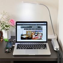 *お部屋でインターネット利用OK!有線・無線LANによる高速通信が無料です。
