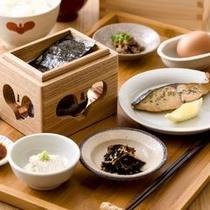 【朝食】釜炊きご飯で味わう卵かけご飯は絶品!