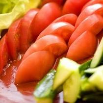 【朝食】新鮮野菜のサラダビュッフェ