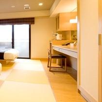 【乙女】床は琉球畳を敷き、和室のくつろぎとベッドの快適さの両方を合わせました。