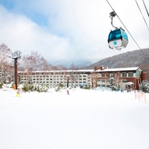 【冬】南館外観 第2ゴンドラ直結でらくらくアクセス!
