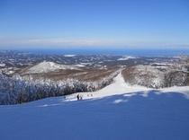 眺望抜群スキー場山頂