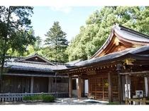 武田神社 建物