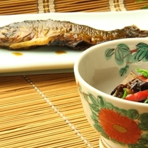 朝食-魚の甘露煮