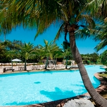 ラグナ自慢のアクアゾーン内県内最大級の屋外プール