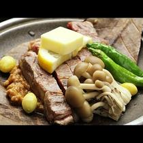 【秋 ご夕食一例】黒毛和牛の陶板焼き