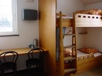 ファミリールーム(4人部屋)