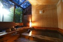 檜風呂(夜イメージ)・蓼科温泉2
