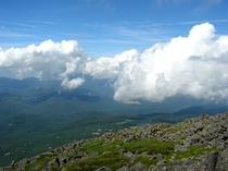 蓼科山山頂からの景色
