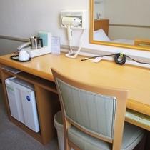 【シングルの机♪2】