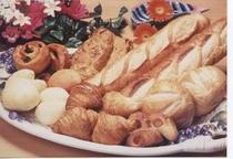 《朝食・焼き立てパン(クロワッサン)》