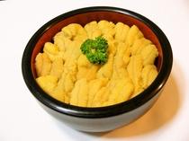 生ウニ丼(ご昼食)