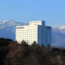 【外観】冬の全景