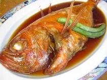 11. 甘辛く煮付けた金目鯛
