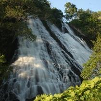 オシンコシンの滝:プロカメラマン宮村 仁司氏撮影