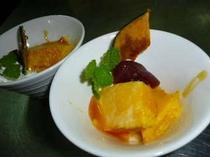秋!ある日のデザート。自家製かぼちゃの手作りプリン&神鍋のリンゴのコンポート