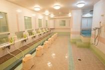 女性専用フロアの大浴場です。大浴場のある女性専用カプセルホテルは新宿では少ないんです♪