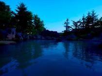夏の露天(夜)①