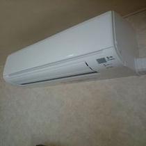 お部屋の空調は全室個別エアコンです。