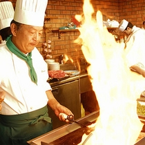 ●健菜美食ビュッフェレストラン「るぴなす」