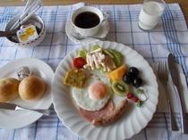 朝食 モーニングプレート