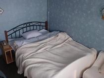 宿内・客室一例/1-2名様用洋室室