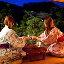 日本庭園を眺めながら、晩酌はいかがですか?
