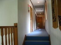 館内2階廊下