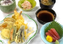 2015年8月C:夏野菜天ぷら定食