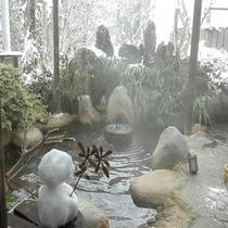 【貸切露天】 お客様作 かわいい雪だるま