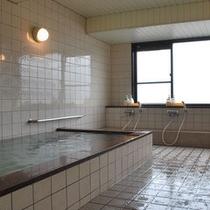 最上階にある男性浴場