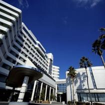 三河湾を望むゆったり上質なひと時が過ごせるリゾートホテル(外観)