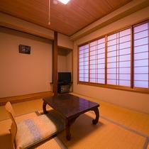 【和室6畳】誰にも邪魔されず、自分と向き合える空間。日常とは違う時間の流れをご堪能ください。