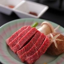 【信州ふ-ど】信州名物の信州和牛はお肉にきめ細かい霜降りが入った上質なお肉。