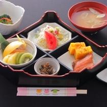 和食を食べたいと言うお子様の為に当館特製のお子様向け和朝食。(イメージ)