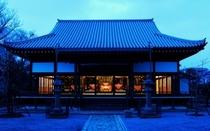 夜の長福寺