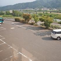 *【駐車場】広々使える駐車場もございます。