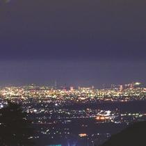 桑名・名古屋方面の夜景をご覧いただくこともできます