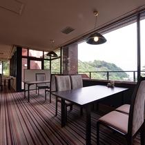 *【レストラン「山波」】夕食・朝食はレストランでお召し上がりください