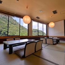 *【レストラン「山波」】店内には座敷もございます