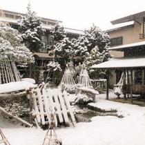 池畔亭 〈冬〉