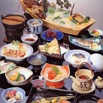 <舟盛り付>会席料理一例